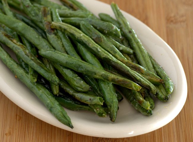 Garlic Roasted Green Beans on Plate