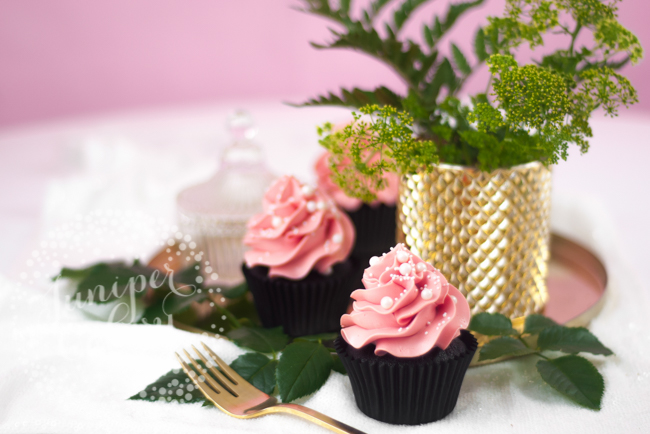 black velvet cupcakes with pink frosting