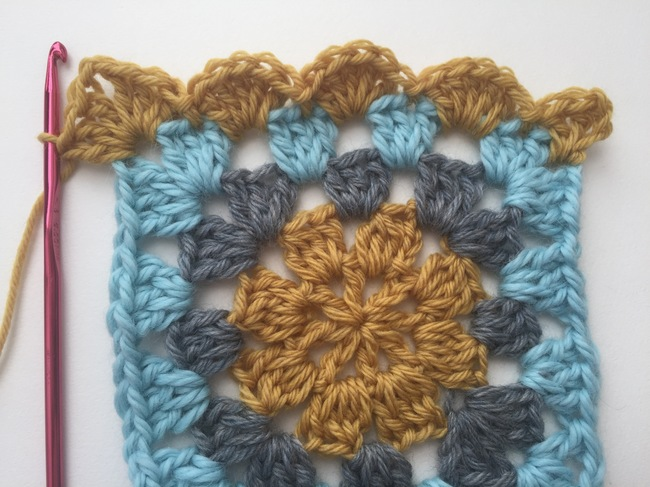 how to crochet shell stitch on granny square