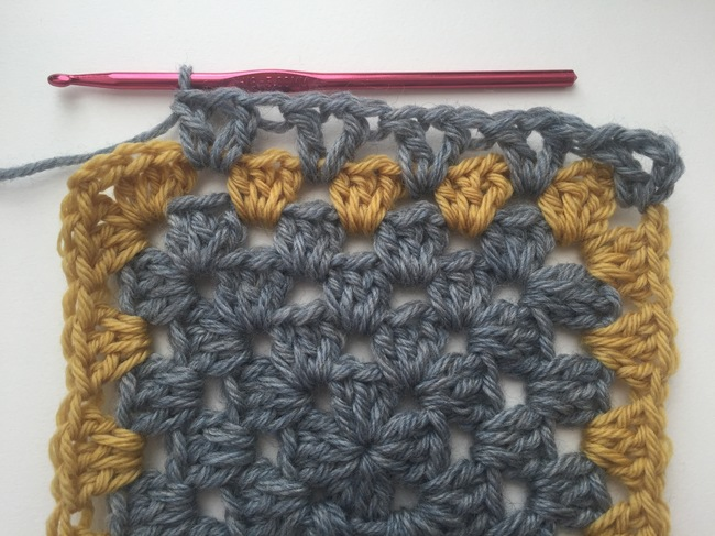 v-stitch border for granny square