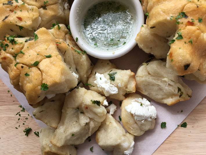 Garlic and Goat Cheese Pull-Apart Bread