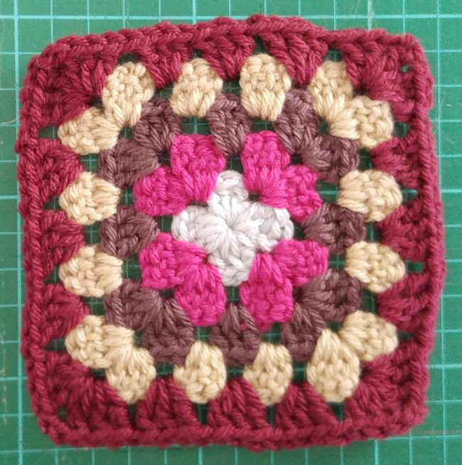 How to block granny squares pre blocked squares on grid