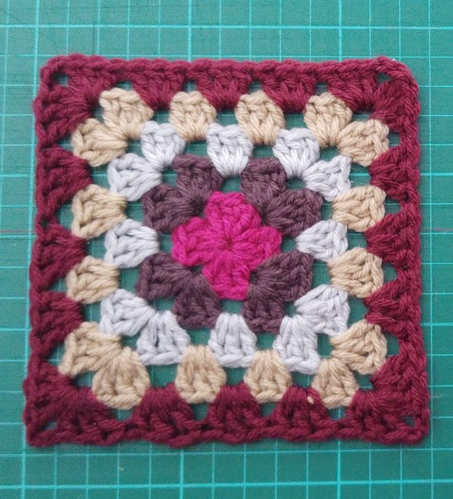 How to block granny squares squares single square finished