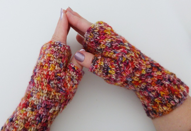 How to crochet a fingerless mitt finished mitts 2