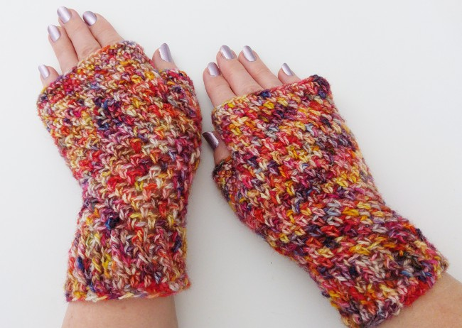How to crochet a fingerless mitt finished mitts 4