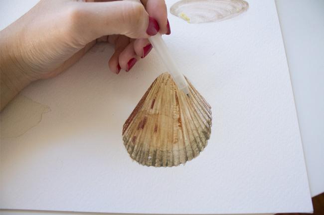 Using gel pen for light areas