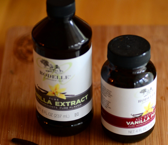 How to Choose & Use Different Kinds of Vanilla Vanilla Extract