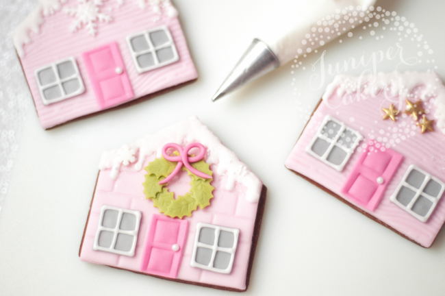 Find out how to make these flat gingerbread house cookies