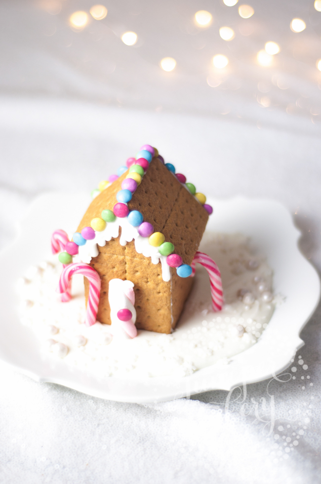 Get festive and make a graham cracker house