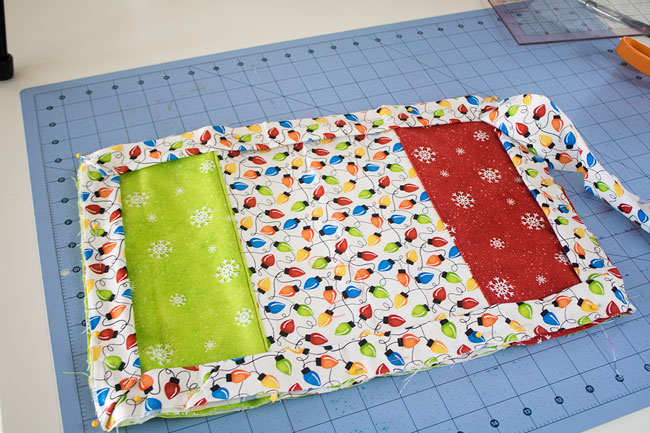 Binding pinned around placemat