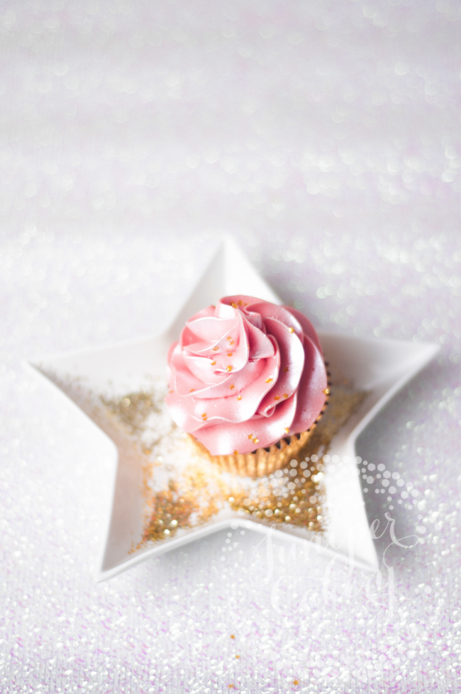 How to make sparkly buttercream