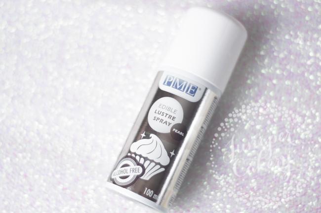 Luster spray for sparkly buttercream