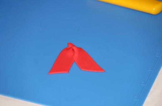 Bottom Ribbons for Fondant Bow - on Bluprint