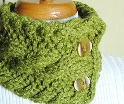 knit cabled neck warmer