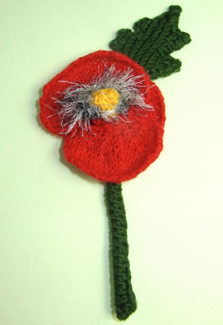 free knit poppy flower accessory pattern
