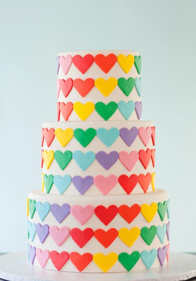 fun cakes heart cake