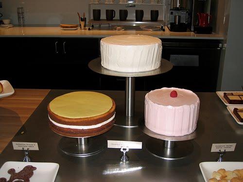Thiebaud Cakes