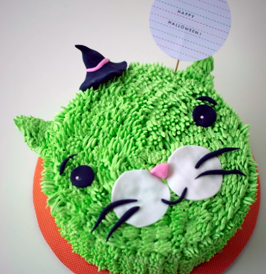 Witch Cat Cake