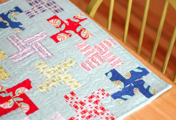 retro mini quilt as placemat