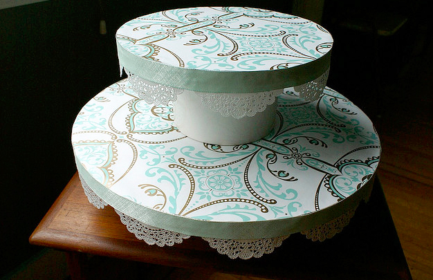 lace cake stand