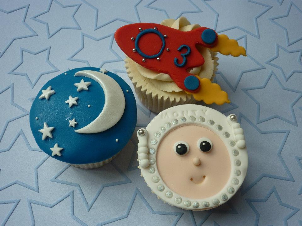Alien Cupcakes 1