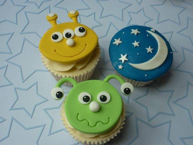 Alien Cupcakes 2