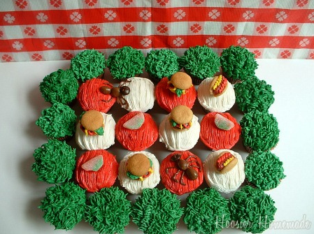 Picnic Themed Cupcakes