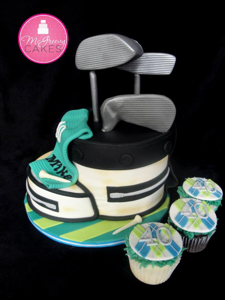 Cake in Shape of Golf Clubs