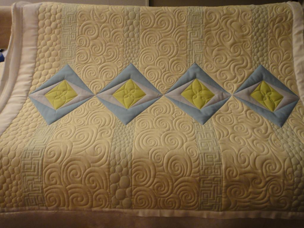 Quilt with Negative Space