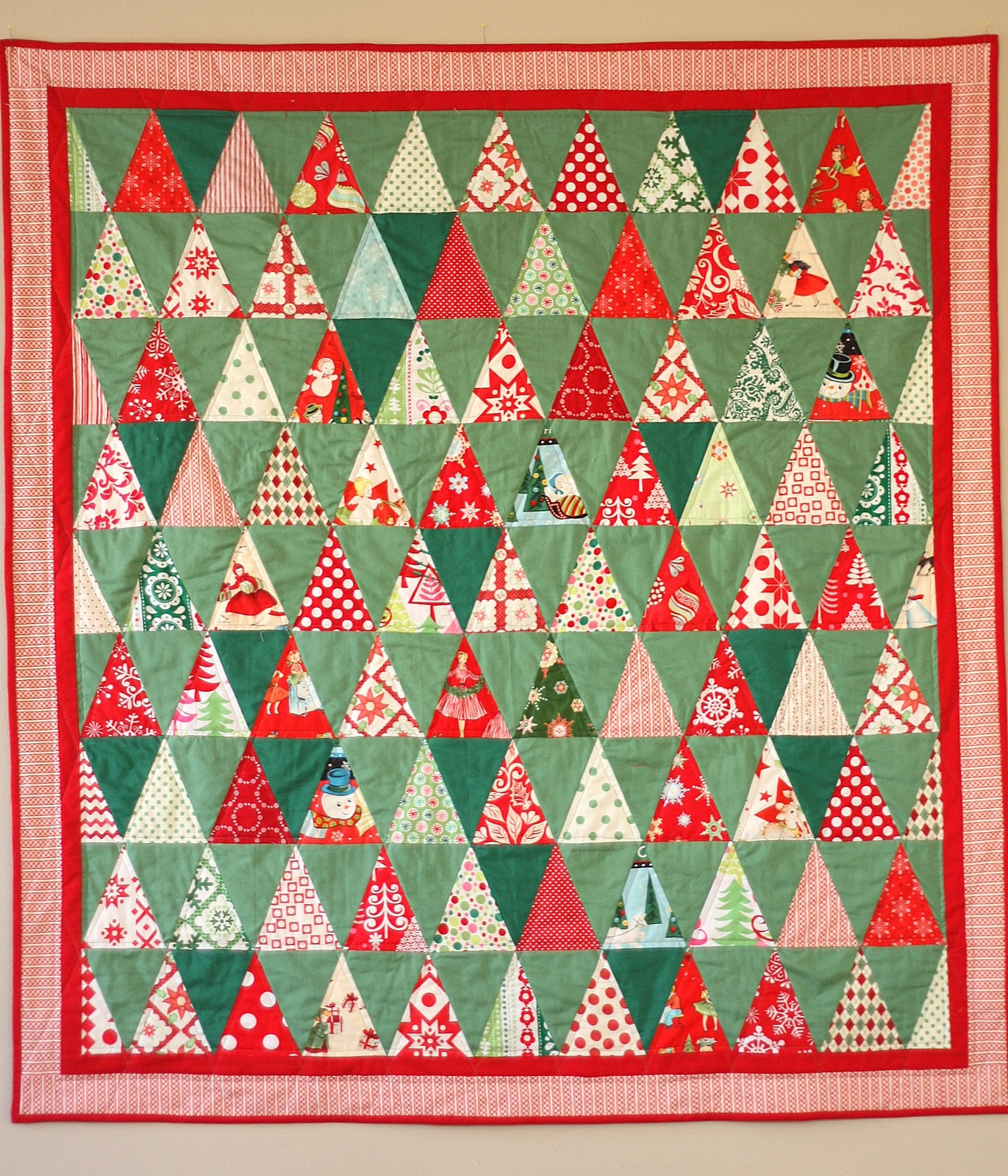 Triangle Christmas Quilt