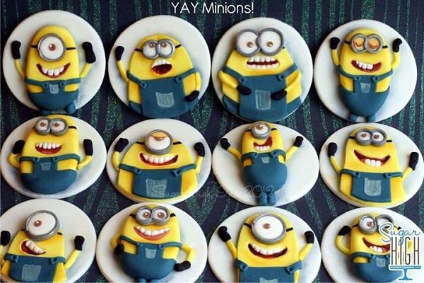 Various Minion Fondant Cupcakes