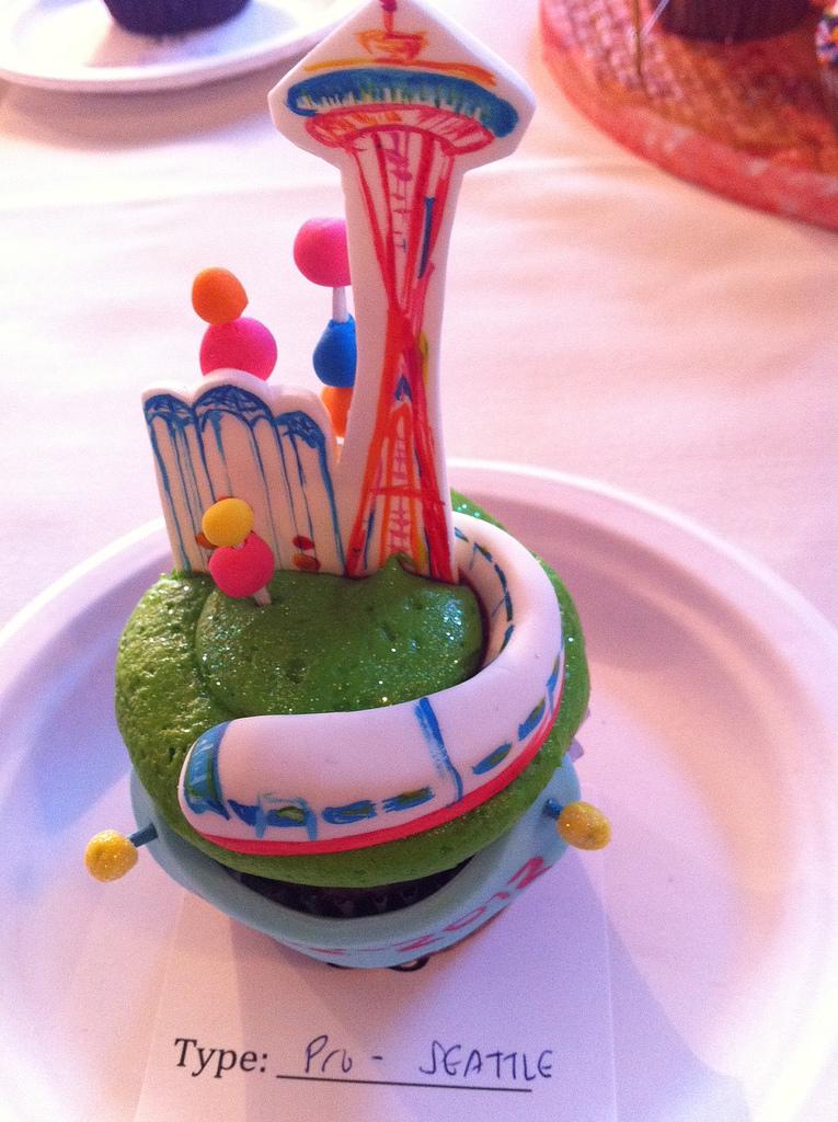 Cake with Fondant Seattle Landmarks