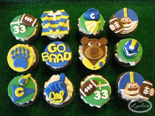 Cal Bears Fondant Cupcakes in Rows