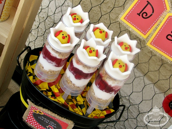 Fondant Chicks-in-Eggs Push Pop Toppers