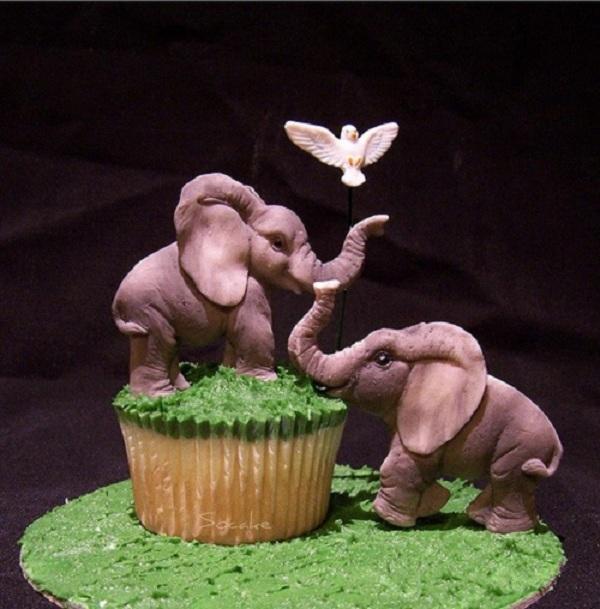 Life-Like Fondant Elephant Figures on Cupcake with Bird
