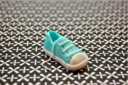 Fondant Sneaker with Further Laces Added