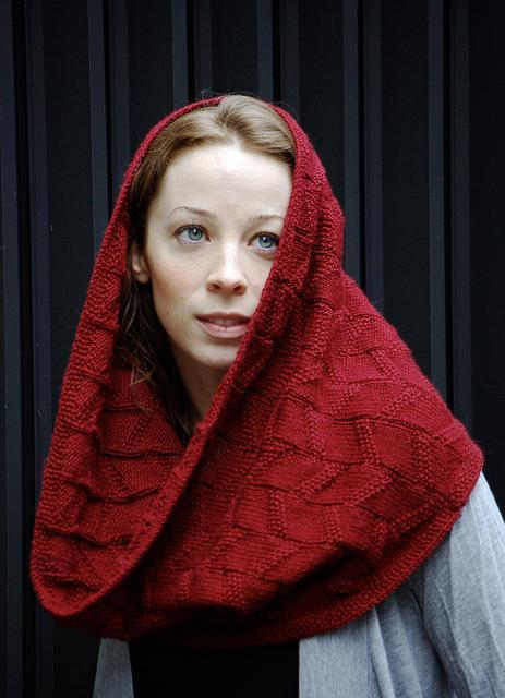 Woman Wearing Red Knitting Over-sized Refraction Cowl