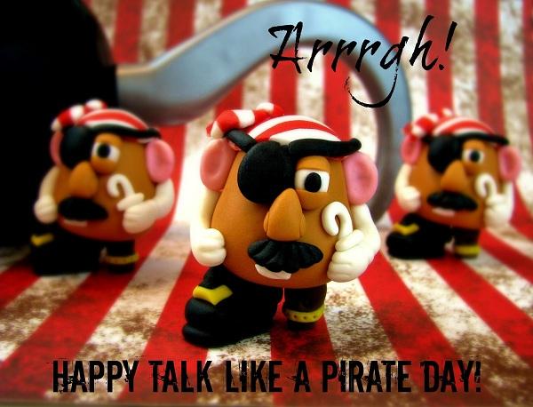 Fondant Figures: Mr. Potato Men Dressed as Pirates