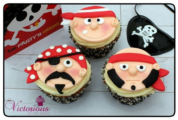 Fondant Cupcake Toppers: Various Pirate Faces
