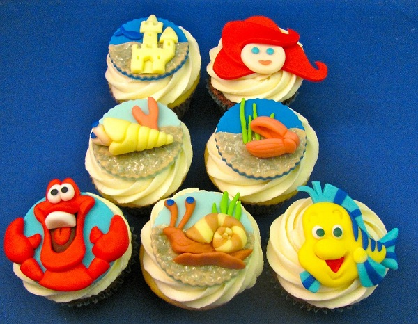 Cupcakes Featuring Little Mermaid Fondant Toppers