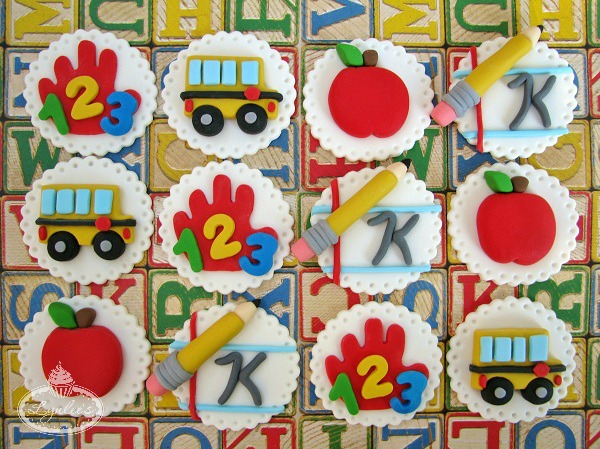 Fondant Toppers Featuring School-Themed Features