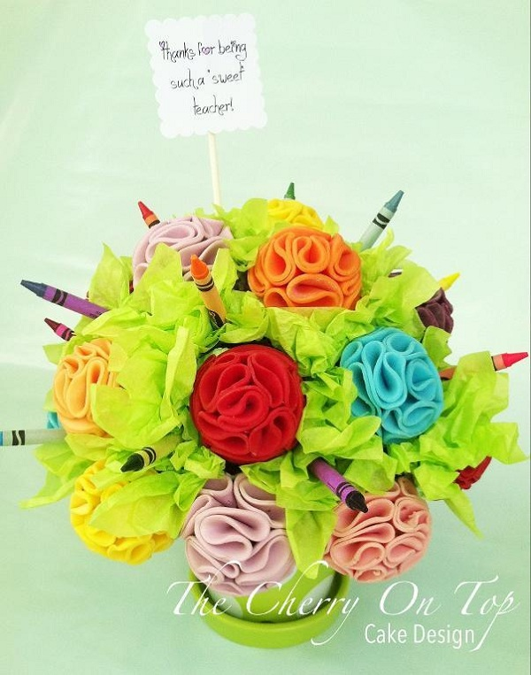 Fondant Bouquet with Flowers and Crayones