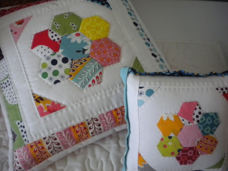 Quilted Pillows with Hexagon Pattern