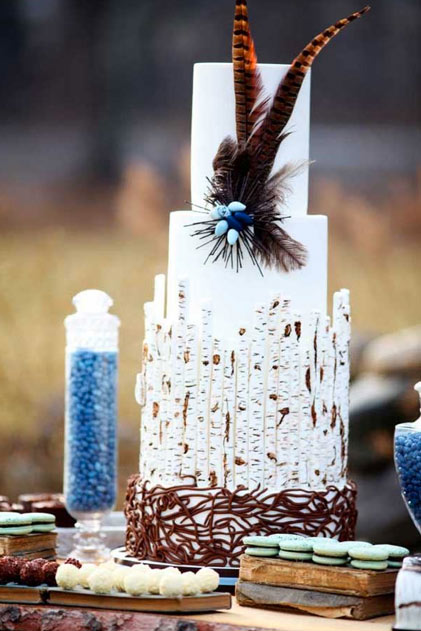 White Cake with Sculpting and Feather