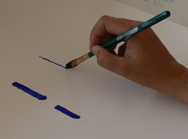 Hand Painting with Both Sides of Brush