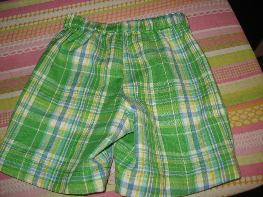 Topstitched waistband casing