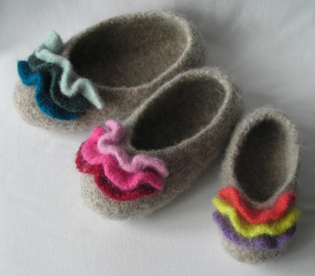 Felted Ruffled Toe Slippers