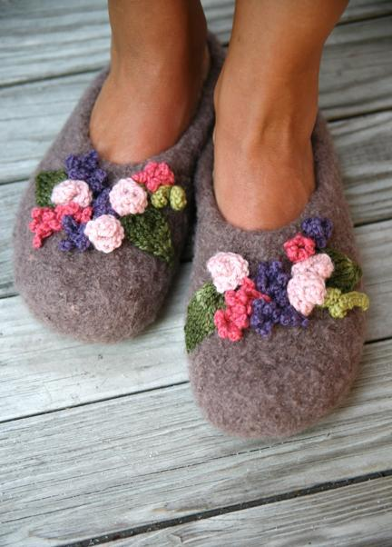 Felted Slippers with Knit Flowers
