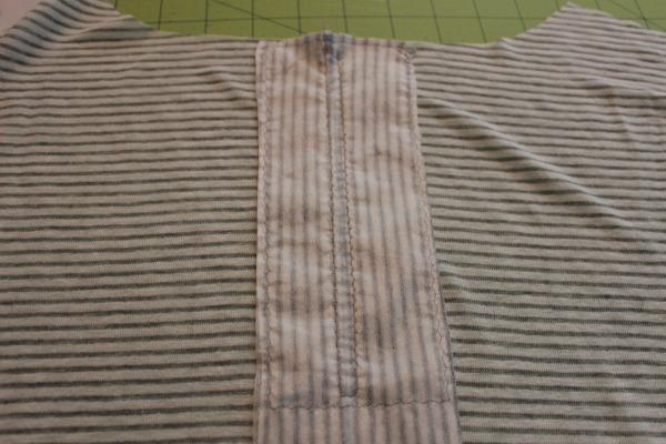 Zipper facing in shirt
