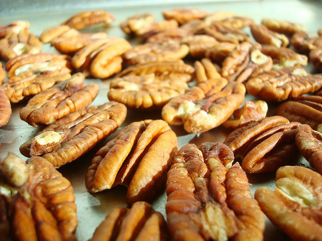 Pecans before toasting